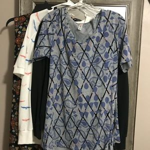 Lularoe Medium Perfect T